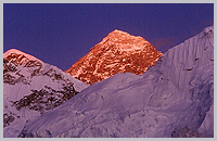 Mt. Everest at sunset from Kalapattar.